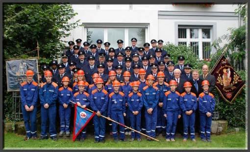 Mannschaft, Alterskameraden, Jugendfeuerwehr und Vorstand des Fördervereins